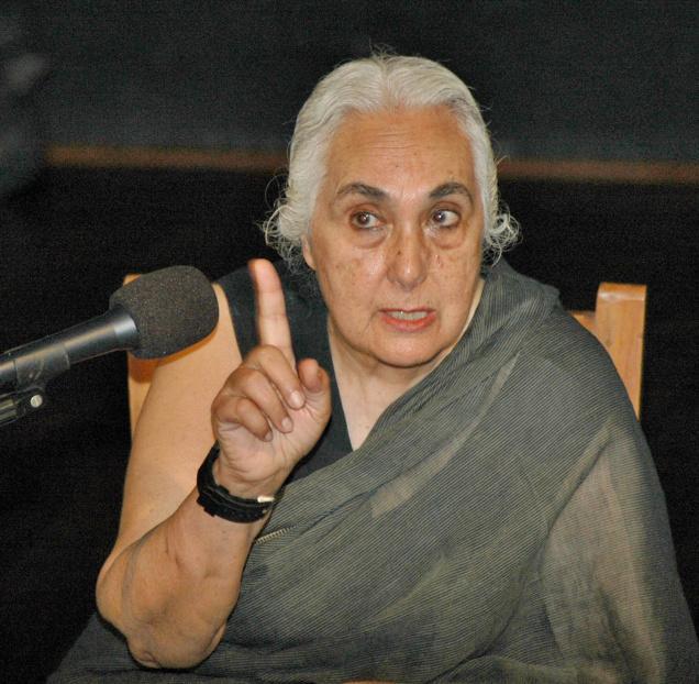 Romila Thaper Again faces RSS Wrath